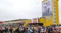 Sentido 'minuto de ruido' en Cheste para despedir a Marco Simoncelli