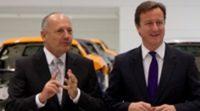 El Primer Ministro del Reino Unido, David Cameron, visita las instalaciones de McLaren
