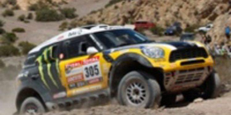 Nani Roma gana la tercera etapa del Dakar 2012 y Marc Coma pierde el liderato