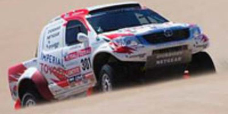 Dakar, día 12: Victorias de Gordon en coches y Coma en motos, que se pone líder