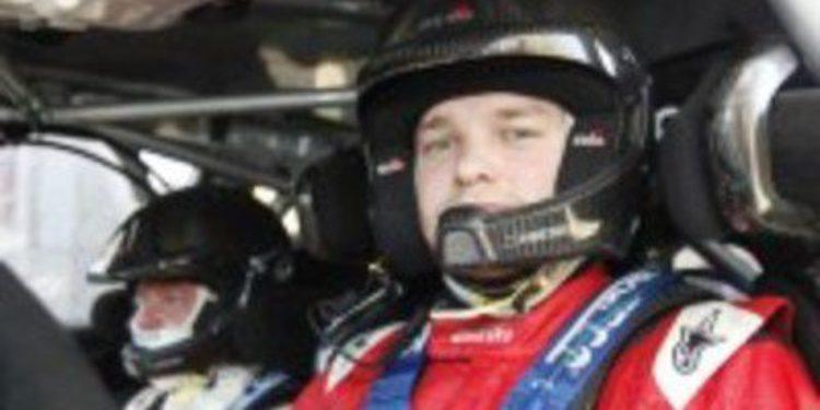 """Evgeny Novikov es el """"más rápido"""" en el shakedown, pero Loeb acaba primero"""