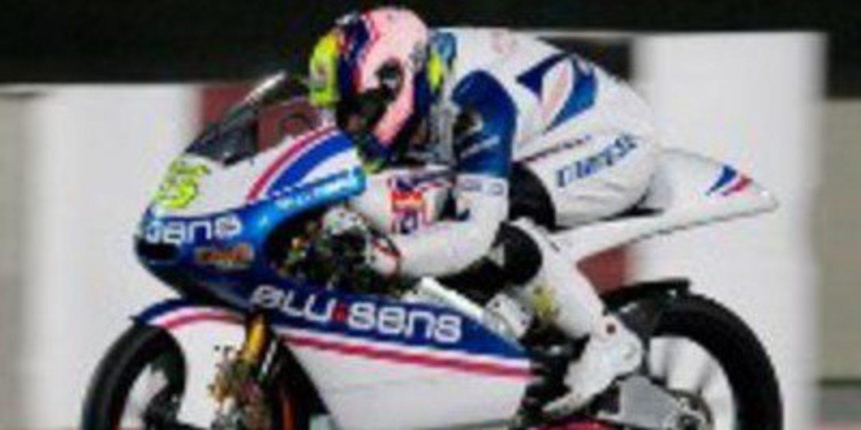 Sergio Gadea tiene pie y medio fuera de Moto2