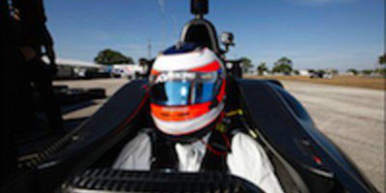 Rubens Barrichello no descarta correr en óvalos en la IndyCar