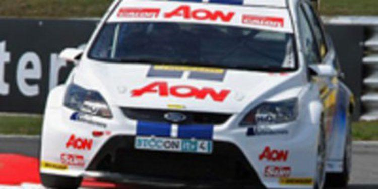 Chilton y Nash serán los pilotos del Team Aon