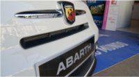 El piloto Albert Llovera responde a nuestras preguntas sobre el Fiat 500 Abarth Vita