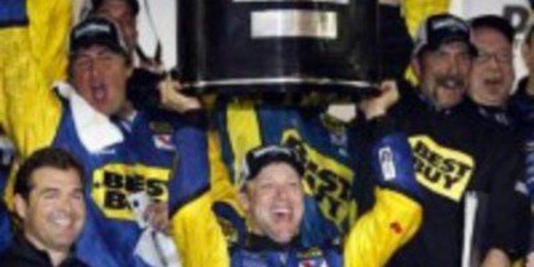Matt Kenseth se adjudica las 24 horas de Daytona más largas