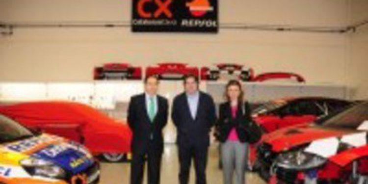 Carlos Gracia visita a Monlau Competición