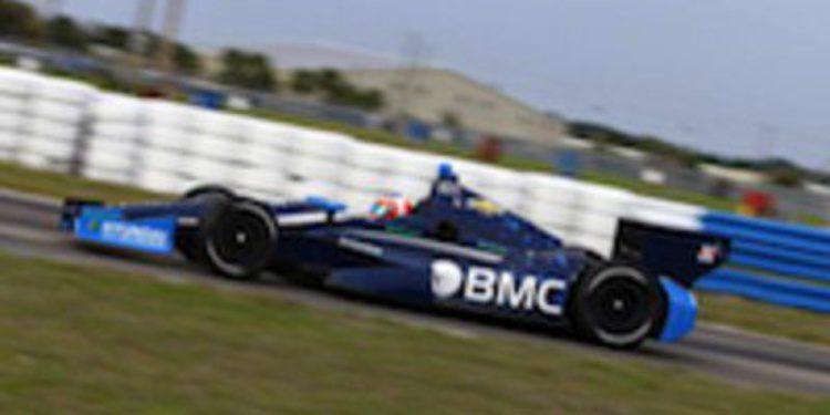 Rubens Barrichello comienza fuerte los primeros test de IndyCar