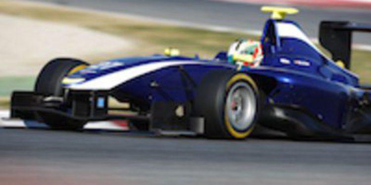 Antonio Félix da Costa marca el mejor tiempo en el segundo día de test GP3 en Barcelona