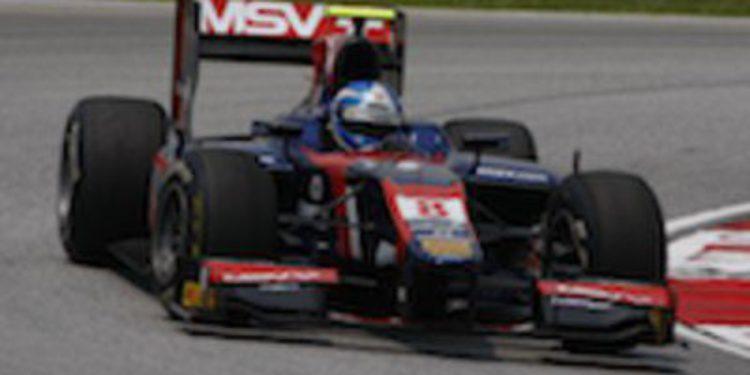 Jolyon Palmer golpea primero en los libres del GP de Malasia de GP2