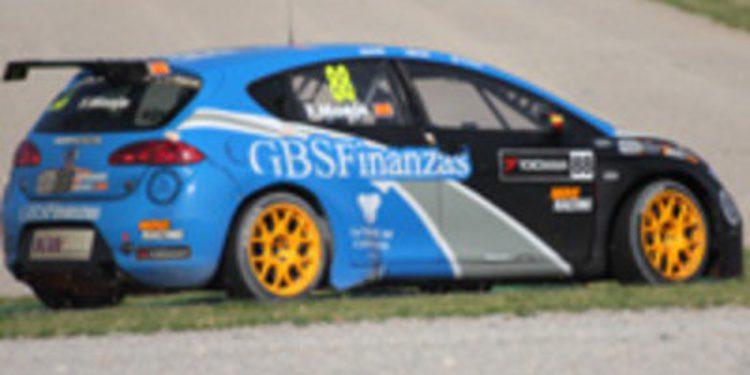 Alain Menu se hace con la victoria en la segunda carrera