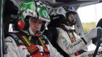 El equipo Skoda realiza un test previo en el escenario del Rallie de Irlanda