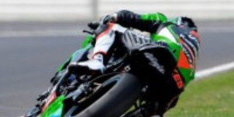 Tom Sykes lidera los test de las SuperBikes en Imola