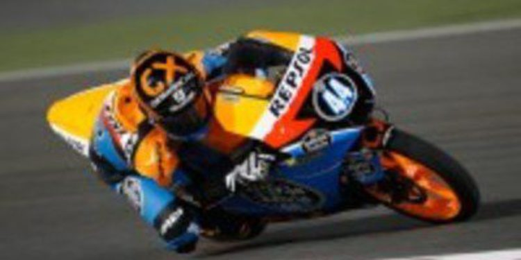 Sandro Cortese se anota la primera pole de Moto3 en Catar