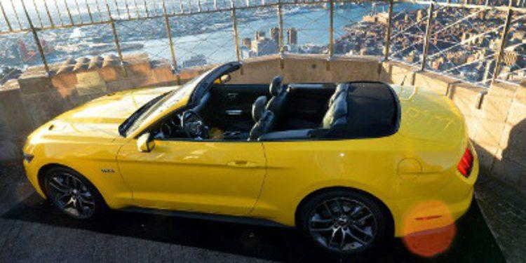 Ford sube el Mustang a lo más alto del Empire State Building