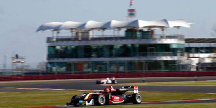 Blomqvist y Ocon consiguen las poles de F3 en Silverstone