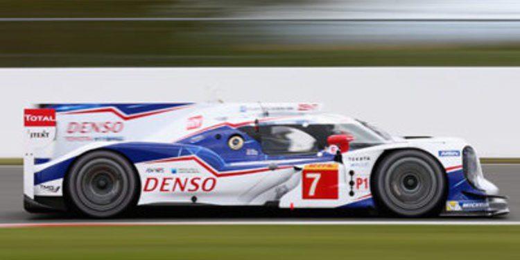 Toyota consigue in extremis la primera pole del WEC 2014