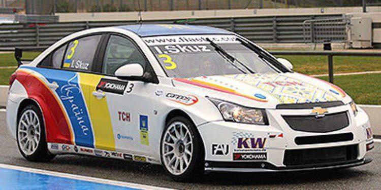 Igor Skuz gana una emocionante segunda carrera