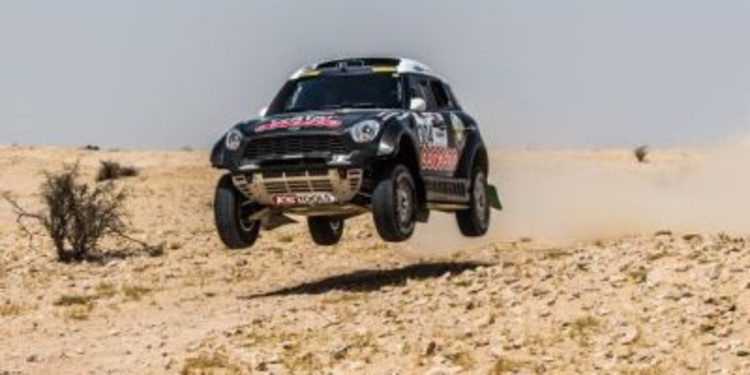 Barreda y Al-Attiyah ganan la etapa 3 del Sealine Cross Country Rally