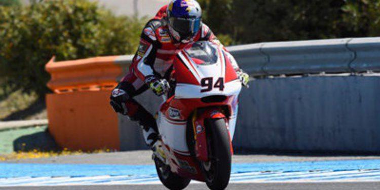 Jonas Folger regala un podio de Moto2 a Ginés Guirado