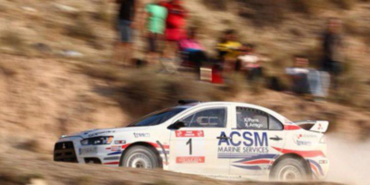 Xevi Pons con un Lancer EVO X en el Rally de Cerdeña