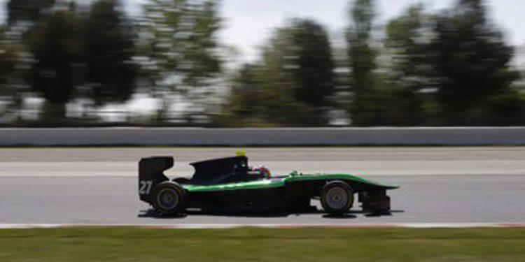 Richie Stanaway golpea primero en GP3 en Barcelona
