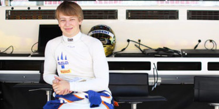 Johnny Cecotto gana brillantemente la primera de GP2 en Barcelona