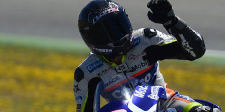 Isaac Viñales domina un FP1 soleado de Moto3 en Le Mans