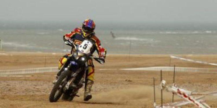Cardona y Al-Attiyah ganan la etapa prólogo del Rally de los Faraones