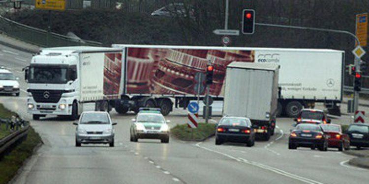 Camiones de 60 toneladas y 25,25 metros en España
