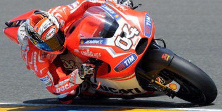 Andrea Dovizioso suena también para Suzuki MotoGP