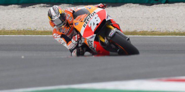 Dani Pedrosa saca garra en MotoGP y lidera el FP3 en Italia