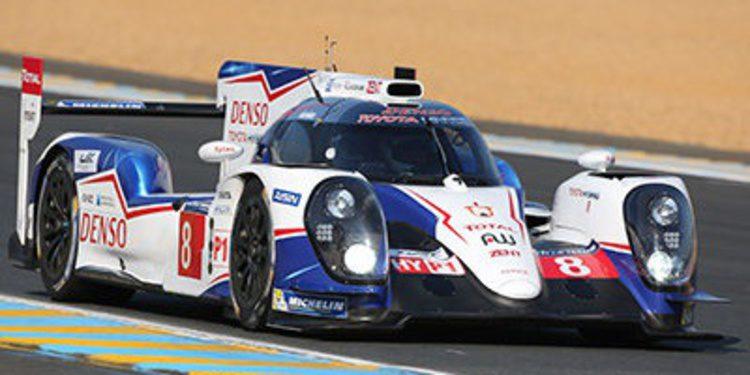 Toyota domina en el día de test en Le Mans