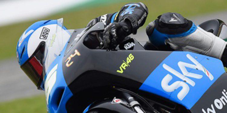Romano Fenati empieza al frente de Moto3 en Barcelona
