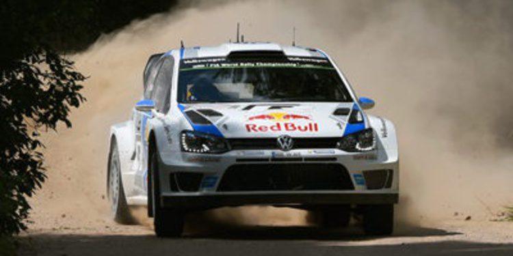 Sebastien Ogier se empeña en liderar el Rally de Polonia