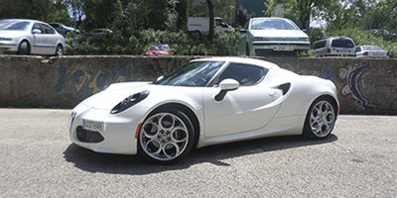 Probamos el increíble e inigualable Alfa Romeo 4C