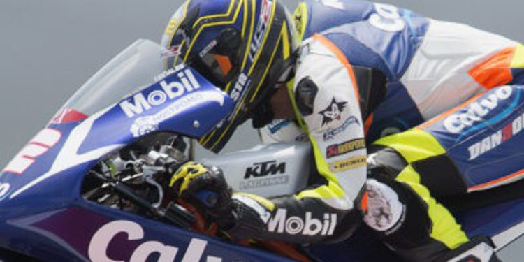 Difícil warm up de Moto3 en Assen para Isaac Viñales