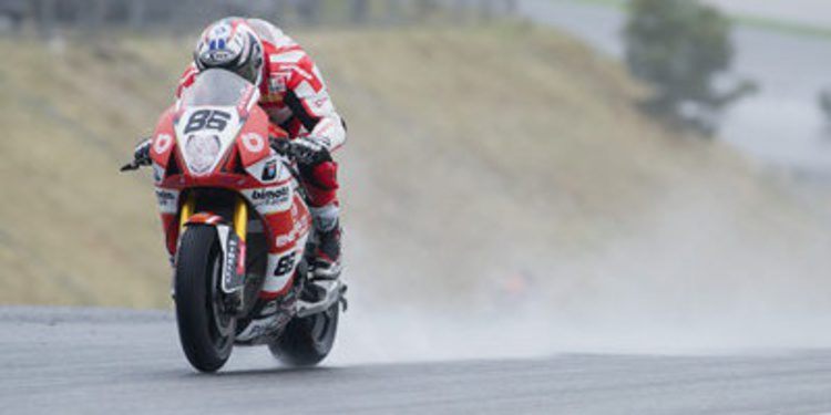 El Mundial de Superbikes busca neumáticos para 2016