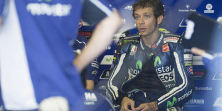 Valentino Rossi al frente del Libre 1 de MotoGP en Indianápolis