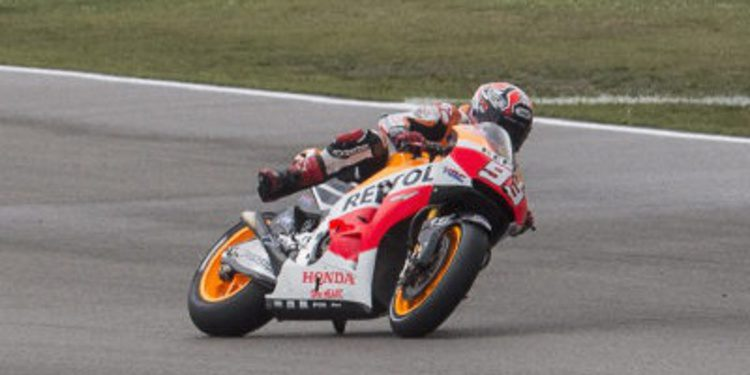 Marc Márquez cierra el viernes de MotoGP en Indy al frente