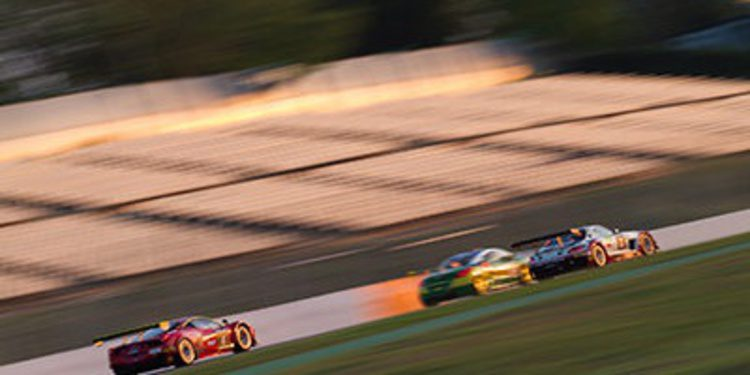 Ferrari no perdona en las 24h de Barcelona 2014
