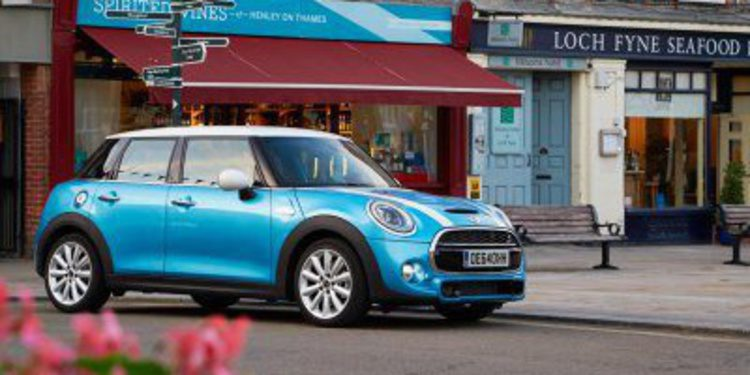 Llega el nuevo y más largo Mini de 5 puertas