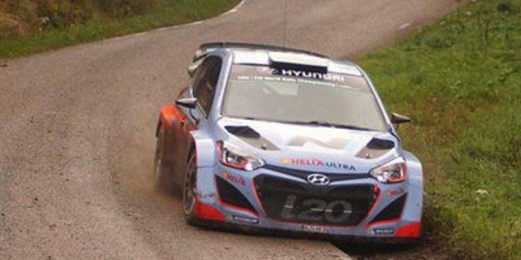 Neuville, Sordo y Bouffier prueban para el Rally de Francia