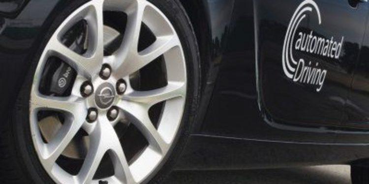 GM y Opel lanzarán un vehículo autónomo en 2016