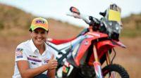 Laia Sanz ya es piloto oficial de Honda para el Dakar 2015