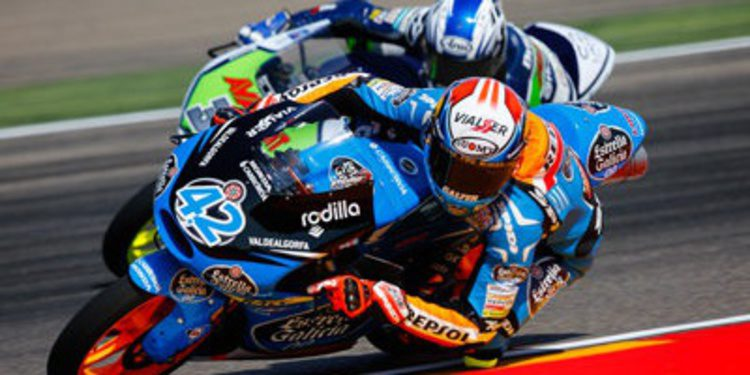 Alex Rins sigue su racha con la pole de Moto3 en Alcañiz