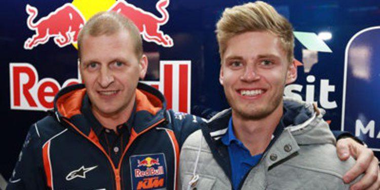 Brad Binder firma con el Red Bull KTM Ajo de Moto3