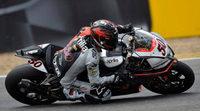 Sylvain Guintoli sacude el campeonato en Magny-Cours