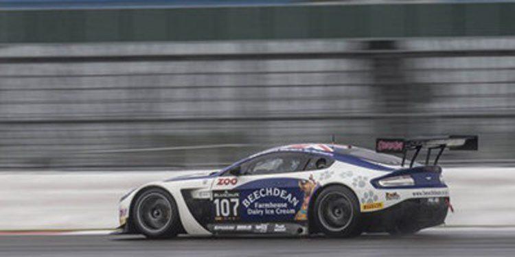 Aston Martin y Andy Soucek en Blancpain Sprint Series