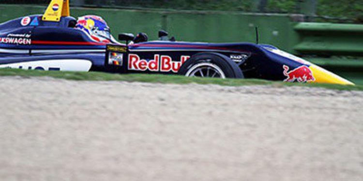 Max Verstappen obtiene el mejor tiempo en Imola